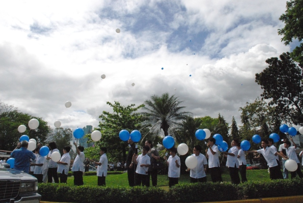 balloons-released